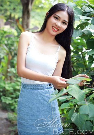 Dating Asian member yue lily from Shanghai, 23 yo
